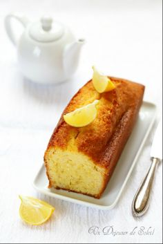 Cake moelleux citron et huile d'olive ©Edda Onorato