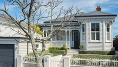 Suburban Solutions - Auckland Builders, specialising in villa renovation and restoration. New architectural builds