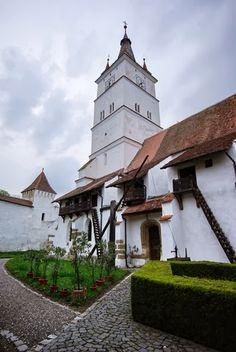 Transylvanian fortified church, Romania, www.romaniasfriends.com