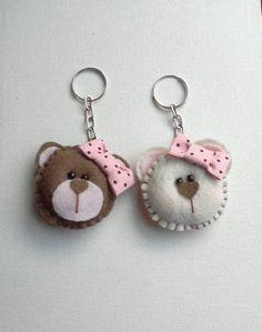 felt bear couple - Cute teddy keyrings ❥Teresa Restegui http://www.pinterest.com/teretegui/❥