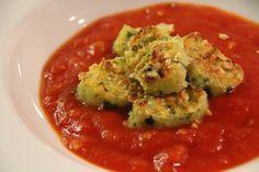 Bärlauch Gnocchi auf Tomatensoße/ ramson gnocchi with tomato sauce