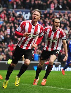 Connor Wickham of Sunderland celebrates scoring his second goal with... ニュース写真 487057081