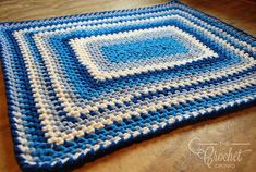One-Day Crochet Baby Blanket | This blanket is a great project for anyone looking for a last-minute baby shower gift. You'll love the gorgeous blue and beige color scheme, and the best part is that this blanket is easy to make! Bernat Baby Blanket, Easy Baby Blanket, Easy Crochet Blanket, Blanket Yarn, Baby Blankets, Crochet Blankets, Afghan Blanket, Chevron Blanket, Blanket Box