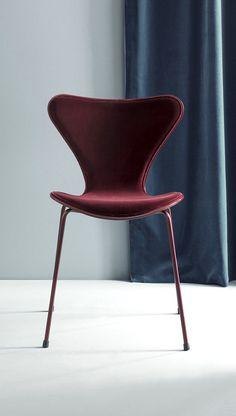 Fashion meets Furniture with Lala Berlin x Republic of Fritz Hansen: a velvet voyage