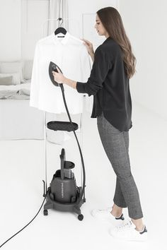 Laurastar – Discover our ironing systems and steam stations with an exclusive professional iron Mark Owen, Business Outfit, Textiles, Fashion Beauty, Cool Outfits, Normcore, Table, Ironing Station, La Perla Lingerie