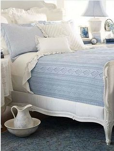 how soothing is blue and white ...