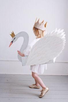 DIY swan costume | mer mag