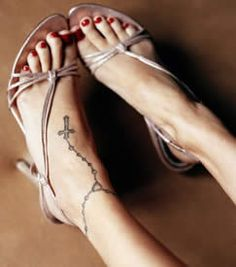 I love foot tattoos....obviously