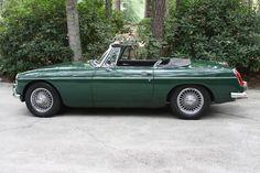 Philip's 1967 MG MGB - AutoShrine Registry