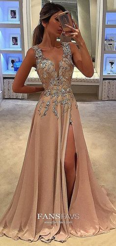 Modest formal dresses, Prom dresses