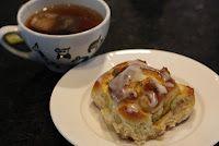 "Vaniljeboller med karamelliserte valnøtter.... nam!!!  (Vannilla""donut"" with caramelized walnuts)"