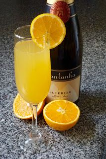 Mimosa cocktail (sparkling wine/Champagne + fresh orange juice) recipe   http://potsofsmiles.blogspot.co.uk/2016/02/mimosa-cocktail-sparkling-winechampagne.html