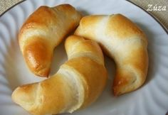Homemade buttercrumbs with butter NOSALTY Pastry Recipes, Bread Recipes, Cooking Recipes, A Food, Good Food, Food And Drink, Croissant Bread, Hungarian Recipes, Hungarian Food