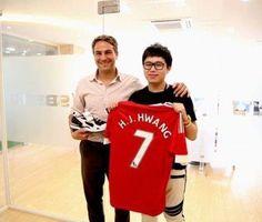 El Manchester United se alía con Sbenu para lanzar una línea de calzado informal