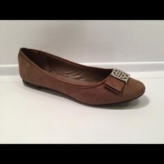 NIB Shoes Flat taupe shoes with gold buckle detail - one size 7 available - Price is firm unless bundling. Shoes