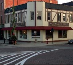 Restaurant Impossible visited Angelo's Family Restaurant in Woodstock, IL