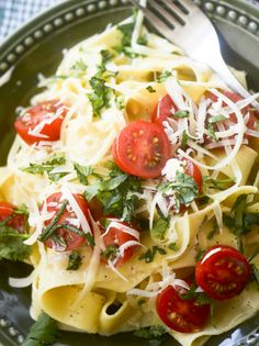 Pasta with Pecorino and Pepper - Ina Garten - Recipe Diaries Food Network Recipes, Gourmet Recipes, Dinner Recipes, Cooking Recipes, Healthy Recipes, Wing Recipes, Dinner Ideas, Italian Pasta Recipes, Main Meals