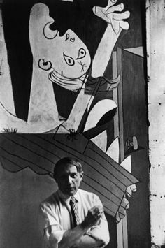 Pablo Picasso in front of Guernica, Paris, 1937 - David Seymour (Chim)
