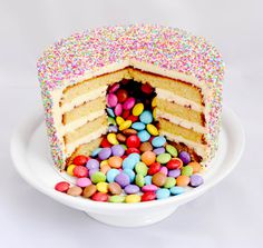 Chorizo cake fast and delicious - Clean Eating Snacks Raspberry Smoothie, Apple Smoothies, Smarties Cake, Pinata Cake, Surprise Cake, Number Cakes, Cupcakes, Rose Cake, Orange Recipes