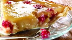Tarte au sirop d'érable, aux pommes et aux framboises Pie Recipes, Cooking Recipes, Canadian Food, Pie Dessert, Desert Recipes, Food Inspiration, Quebec, Sweet Tooth, Food And Drink
