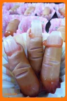 Halloween Finger Food! hahaha, so gross and so awesome at the same time!  I don't think I could eat them, but kids would love this!  Made with hot dogs, ketchup and cooked onions.