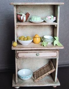 DIY buffet but I would use upstairs in the sewing room | Source: Le Petit Monde de la Fee Erie