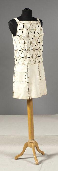 Paco Rabanne Mini robe en cuir c.1965-68.