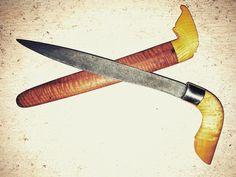 Old badik/kawali from Nusa Tenggara Barat. Sheath and handle from Bone, Sulawesi Selatan
