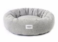 Donut Dog Bed Grey Design Led Products for the Modern Dog Cute Dog Beds, Puppy Beds, Grey Bedding, Luxury Bedding, Bedding Sets, Modern Bedding, Natural Bedding, Grey Dog, Cozy Bed