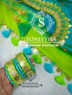 Latest Saree Kuchu/Tassel Designs to Beautify Your Saree Saree Tassels Designs, Saree Kuchu Designs, Wedding Saree Blouse Designs, Silk Saree Blouse Designs, Fancy Blouse Designs, Silk Sarees, Silk Thread Bangles Design, Silk Bangles, Thread Jewellery