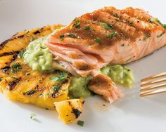 Giada's Grilled Salmon and Pineapple with Avocado Dressing Salmon Avacado, Pineapple Salmon, Pineapple Recipes, Salmon Recipes, Fish Recipes, Seafood Recipes, Giada Salmon Recipe, Giada At Home, Griddle Recipes