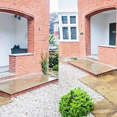 Wandsworth Urban Garden with York Stone paving, basement and entrance steps, complicated glass and steel works designs York Stone, Urban Garden Design, Garden Paving, Garden Show, Paving Stones, Steel Structure, Small Gardens, Exterior Design, Entrance