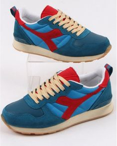 Diadora Camaro Vintage Trainers Blue Pearl- Red 80s Outfit, Blue Pearl, Different Styles, Running Shoes, Trainers, Colours, Pearls, Stylish, Sneakers