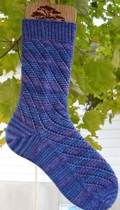 Chaussettes Tourbillon * Whirly Socks by Louise Robert - free