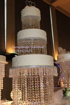 Kristall Hochzeitstorte.свадебный торт. Hochzeitstorte. Weiß