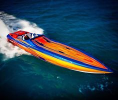 "1,143 Likes, 5 Comments - Speedboat Magazine #speedboat (@sb.mag) on Instagram: ""Cigarette Racing! @cigaretteracingteam #cigarette #racing #team #offshore #vee #bottom #boat #boats…"""