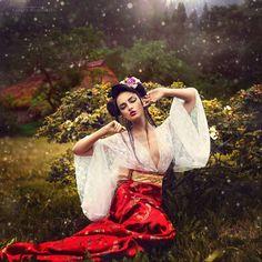 Geisha Stretch - Kareva Margarita