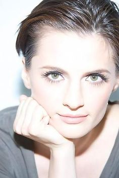 Stana Katic. She's so pretty! I'm happy I started watching Castle :)
