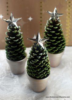 Arbolitos navideños con piñas #navidad #DIY