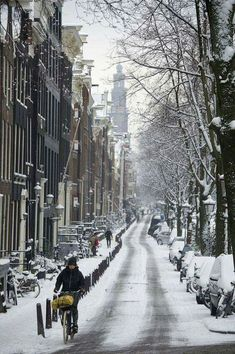 Ideas for bike photography city amsterdam netherlands Places To Travel, Places To See, Wonderful Places, Beautiful Places, I Amsterdam, Amsterdam Winter, Amsterdam Travel, Amsterdam Canals, Snow Pictures