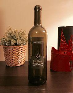 Predella, Trebbiano d'Abruzzo 2013. White dry wine. Bombino bianco grapes.