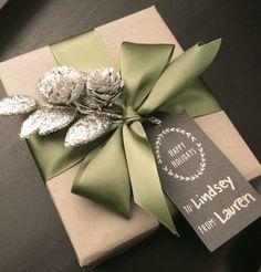 Friday Favorites - Natural Gift Wrap