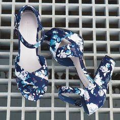 Kom sol og sommer, så vi kan komme ud og lufte denne skønhed😍  #newin #newcollection #ss17collection #biancoherning #heels #herningcity #shoelove #weloveshoes #biancofootwear