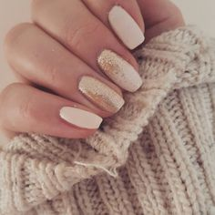 Nude and rose gold nails. #nails #rosegold #nude #pink #chunkyjumper #beauty #fashion