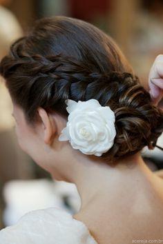 Acessório de cabelo e penteado - cabelo noiva decor acereja.com.br