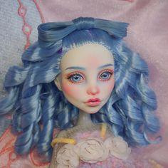 #mh #monsterhigh #monsterhighdolls #doll #dollrepaint #repaint #repaintdoll #makeupdoll #makeupdolls #artdoll #dollphotography #ooak…