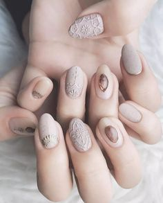 Retro boho style manicure – Page 24 of 30 – zzzzllee Style de boho rétro – Page 24 sur 30 – zzzzllee Fancy Nails, Love Nails, My Nails, Fabulous Nails, Gorgeous Nails, Stylish Nails, Trendy Nails, Nail Art Arabesque, Best Nail Art Designs
