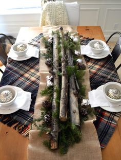 Holiday Home Tour - A Rustic Farmhouse Tablescape | Home Remedies