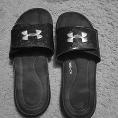 Under armour sandals Excellent condition wore once Under Armour Shoes Sandals