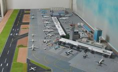 1/400 airport diorama - Google Search